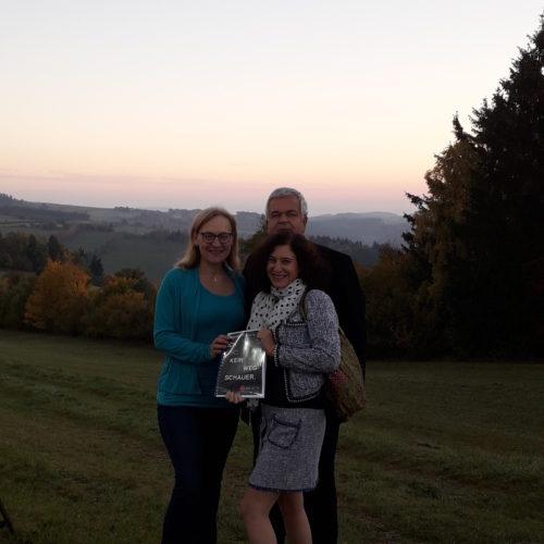 """Dina Nachbaur und Wolfgang Kloihofer-Haupt starteten live im ORF 2 mit """"Guten Morgen Österreich"""" in der Wachau."""