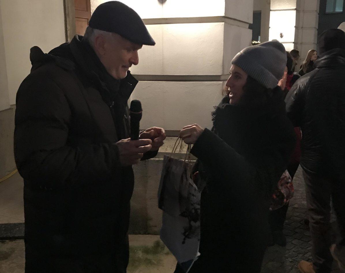 Justizminister Moser mit Dina Nachbaur